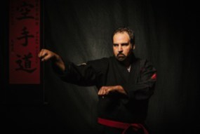 Naihanchi defense for one hand neck grab